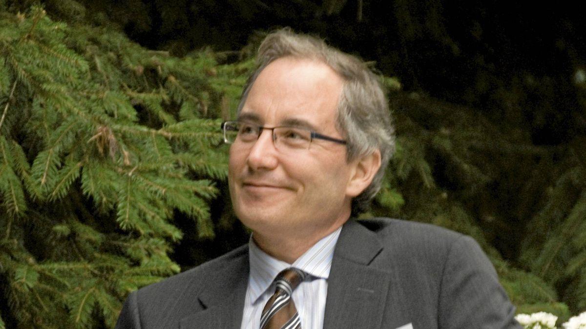 A new social enterprise centre iin Toronto s to be named after LUminato founder David Pecaut.