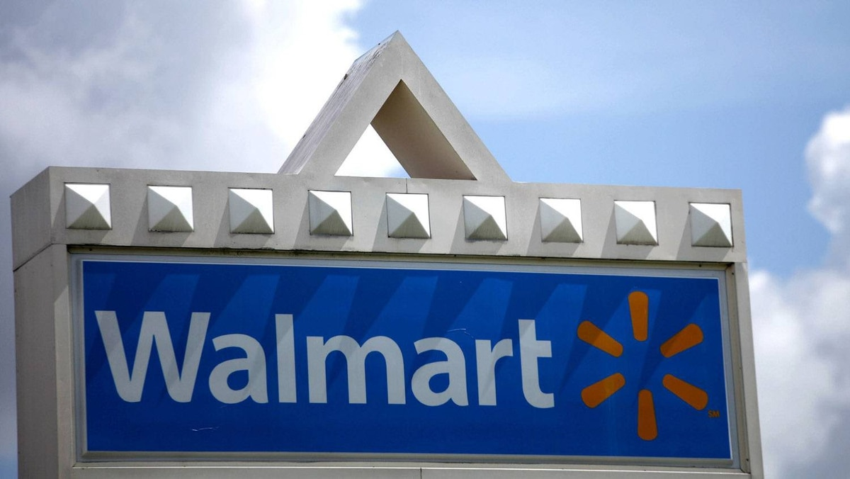 A Wal-Mart sign is seen in Miami, Florida in this May 18, 2010 file photograph.