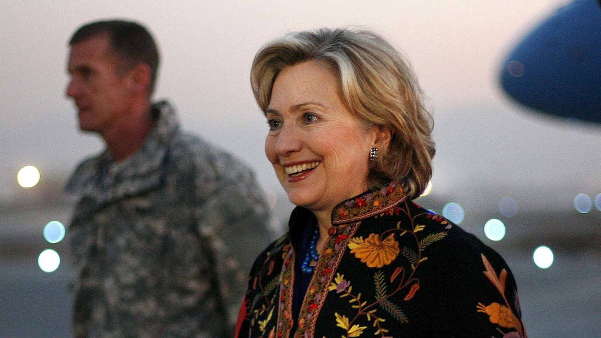 After she was made U.S. Secretary of State, she started to grow her hair out. By 2009, it was almost chin-length.