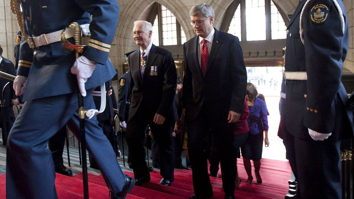 Governor General designate David Johnston arrives with Prime Minister Stephen Harper to Parliament Hill in Ottawa on Friday Oct. 1, 2010, for his swearing in ceremony.