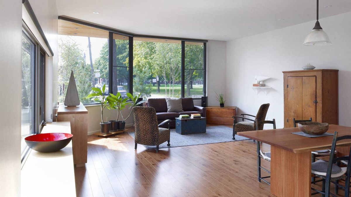 Wrap-around windows in the living room.