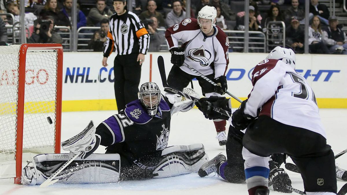 David Jones #54 of the Colorado Avalanche shoots the puck past goaltender Jonathan Quick #32 of Los Angeles Kings for a goal in the third period at Staples Center on February 26, 2011 in Los Angeles, California. The Kings defeated the Avalanche 4-3. (Photo by Jeff Gross/Getty Images)