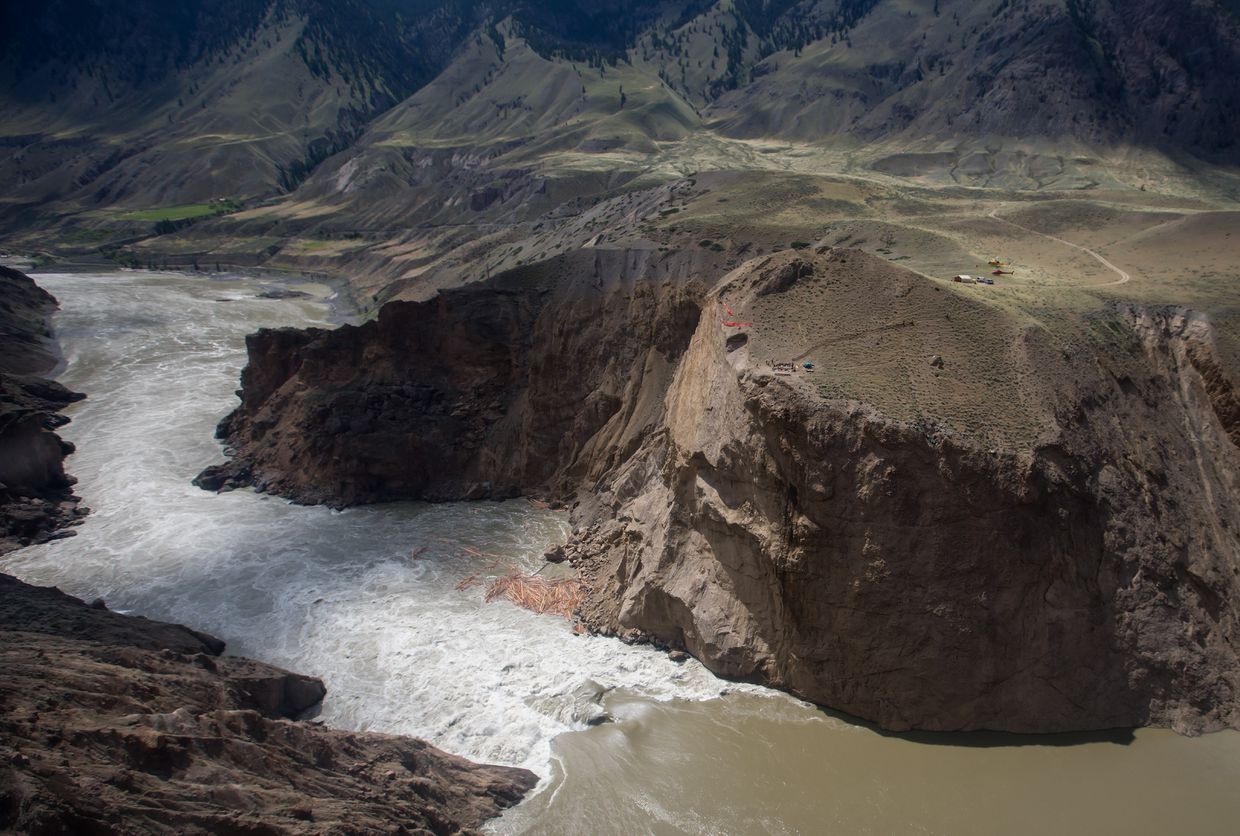 For salmon stymied by B.C.'s Big Bar landslide, survival depends on help from above
