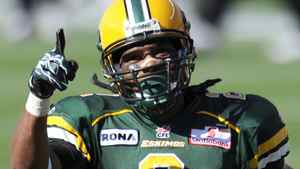 Edmonton Eskimos' Fred Stamps celebrates a touchdown against the British Columbia Lions during their CFL football game in Edmonton July 16, 2011. REUTERS/Dan Riedlhuber