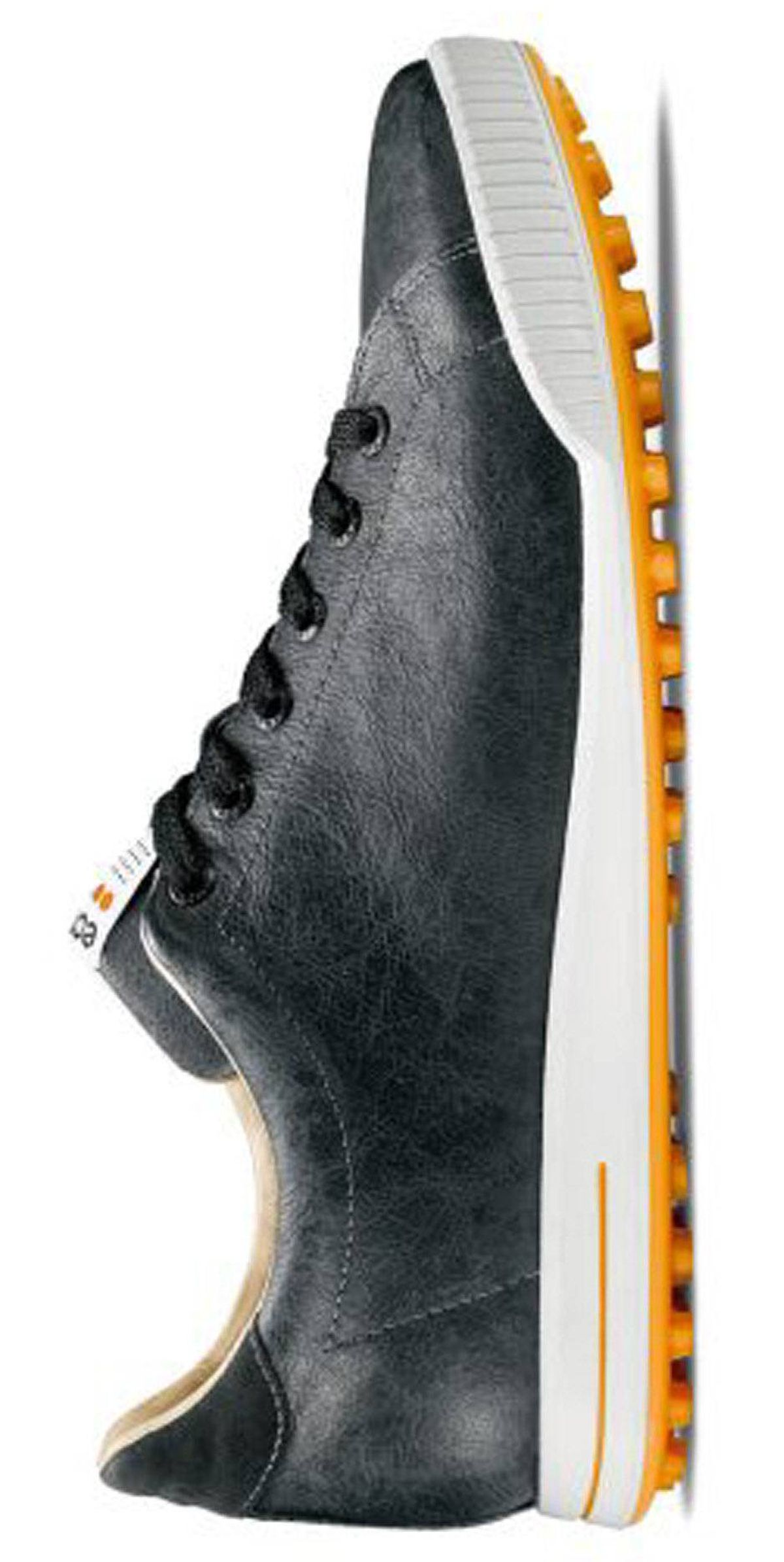 Wear it The Ecco Golf Street - PGA Tour shoe of choice for Fred Couples - is as unpretentious as footwear gets on the greens. The sneaker-like, soft leather golf cleat has a breathable lining and cushiony foam insole for comfort and flexibility. Even without spikes, its pre-moulded traction bars support a sturdy stance on the course, and the low-key look transitions easily from clubhouse to coffee shop. In Ecco stores or at eccocanada.com, $200
