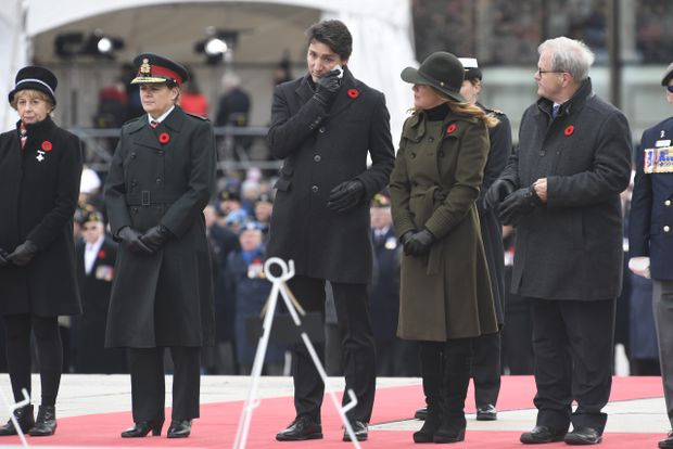 With silence and salutes, Canadians mark Remembrance Day across the country