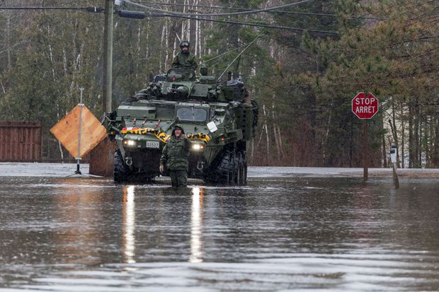 Southern New Brunswick braces for the worst as flood waters continue to rise