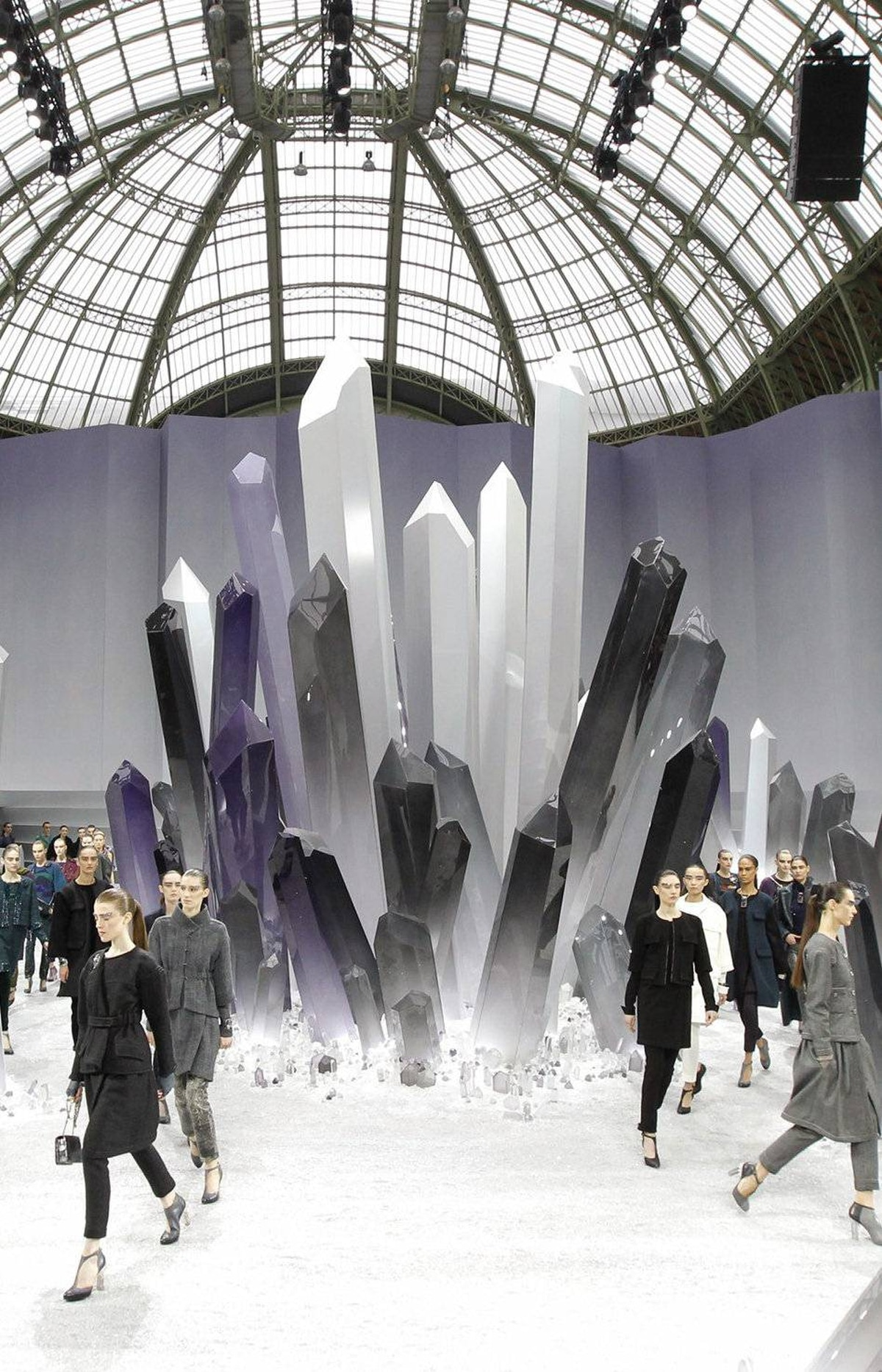 Last season, Karl Lagerfeld conceived a bleached underwater mise-en-scène for his Chanel ready-to-wear show. On Tuesday, gigantic stalactites appeared to have broken through the ground of the Grand Palais. It's as if he's taking us through his decadent interpretation of the Planet Earth documentary series.