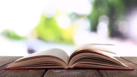 Ten entrepreneurial must-read books to kick off your summer reading list