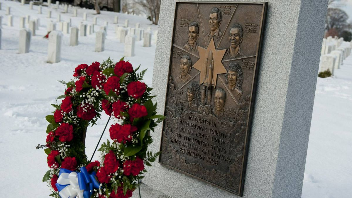 A wreath stands at the memorial for the Challenger Space Shuttle at Arlington National Cemetery in Arlington, Va., on Jan. 27, 2011, to commemorate the agency's National Day of Remembrance.
