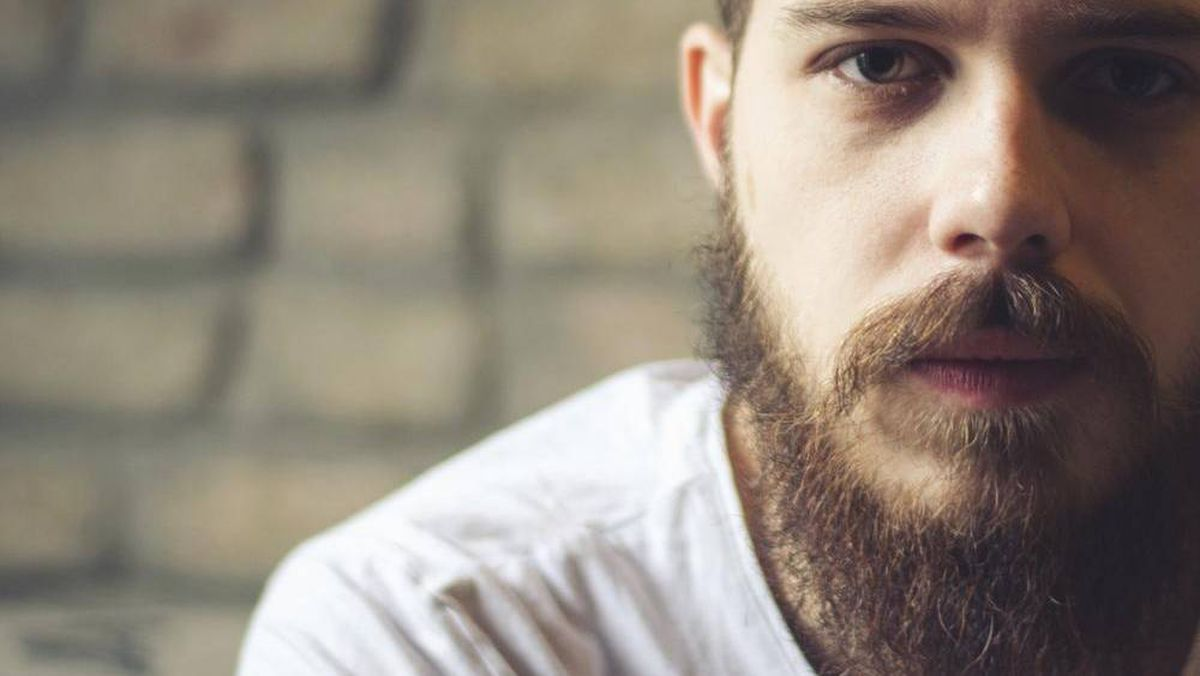 what s the difference between a hipster beard and a hippie beard