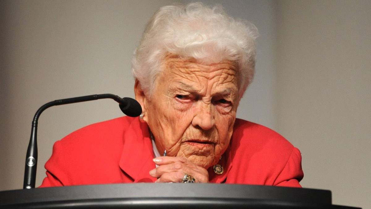 Mississauga mayor Hazel McCallion argued that not borrowing money would entail either raising property taxes 25 per cent or leaving roads and community centres to crumble.