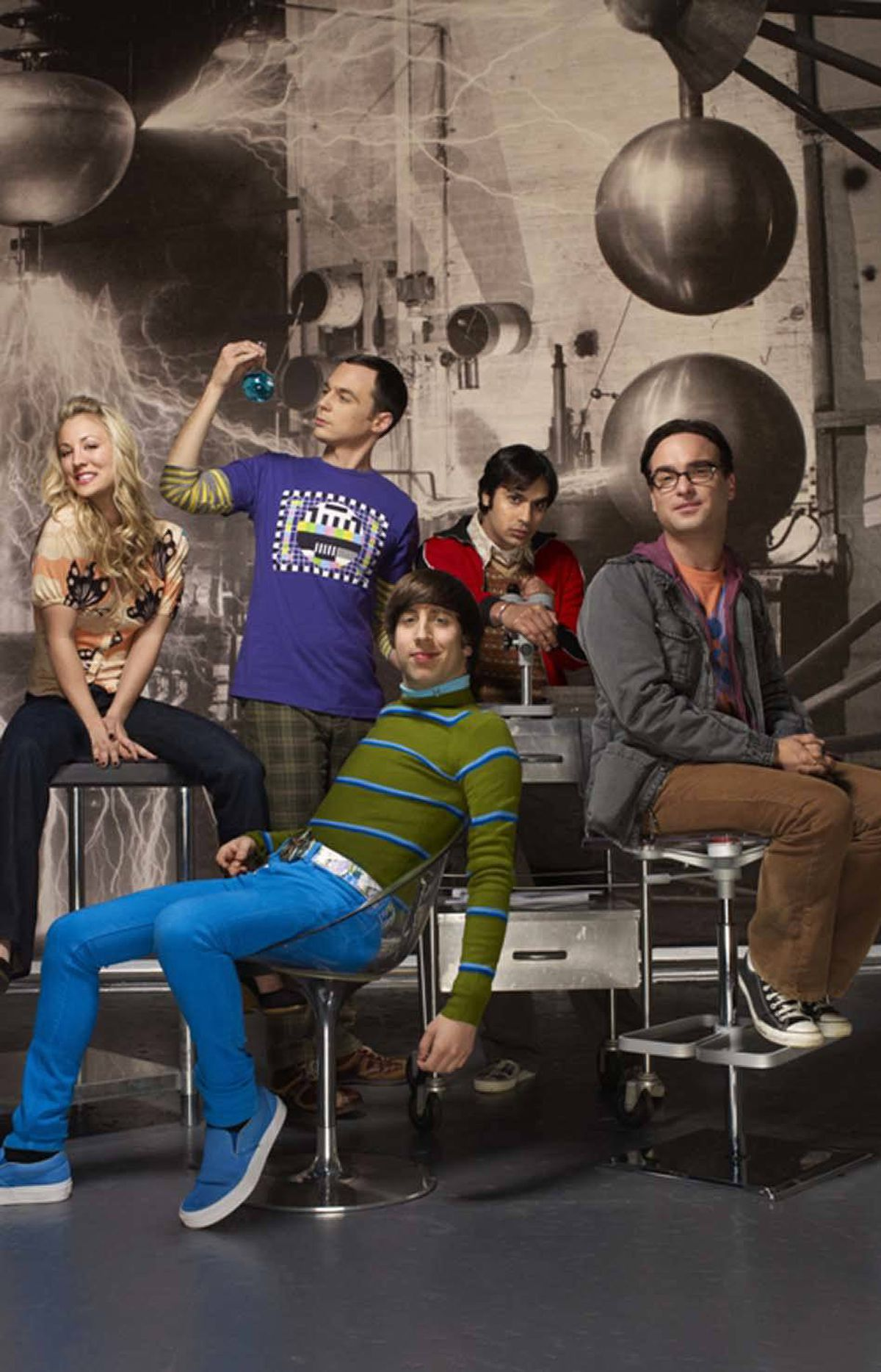 "COMEDY The Big Bang Theory CBS, CTV, 8 p.m. ET/PT This show is already the most-watched sitcom on network television, but are the producers trying to spike ratings higher with a return love connection between Leonard (Johnny Galecki) and Penny (Kaley Cuoco)? The dour physicist and the hot blond waitress were pretty hot and heavy a few seasons ago, then reverted to their previous platonic-neighbor relationship. And then last week, Leonard asked out Penny for a romantic dinner. To test their compatibility via scientific method, they agree to try out the modern concept of ""dating,"" much to the chagrin of Sheldon (Jim Parsons). In other news, Raj (Kunan Nayyar) fosters a physical attachment to his cellphone's virtual assistant. Ah, those wacky nerds."