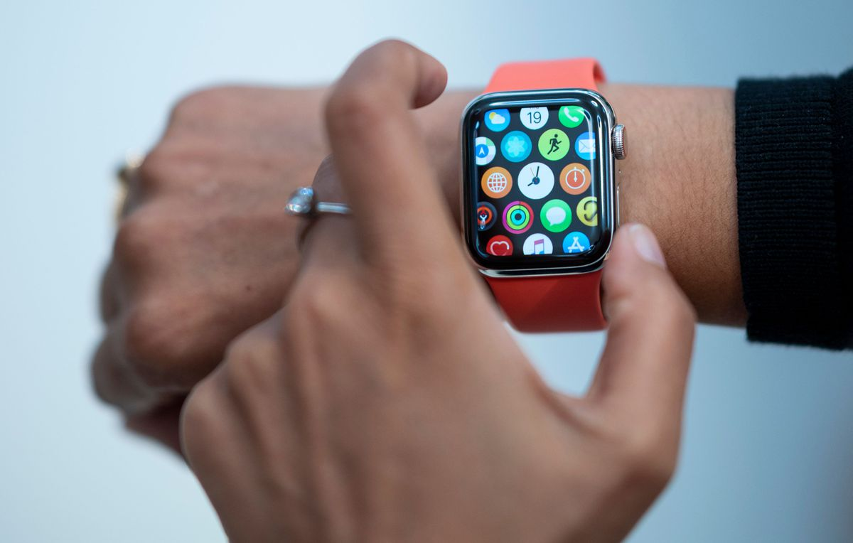 Apple asks U.S. to waive tariffs on Chinese-made watches, iPhone parts, AirPods