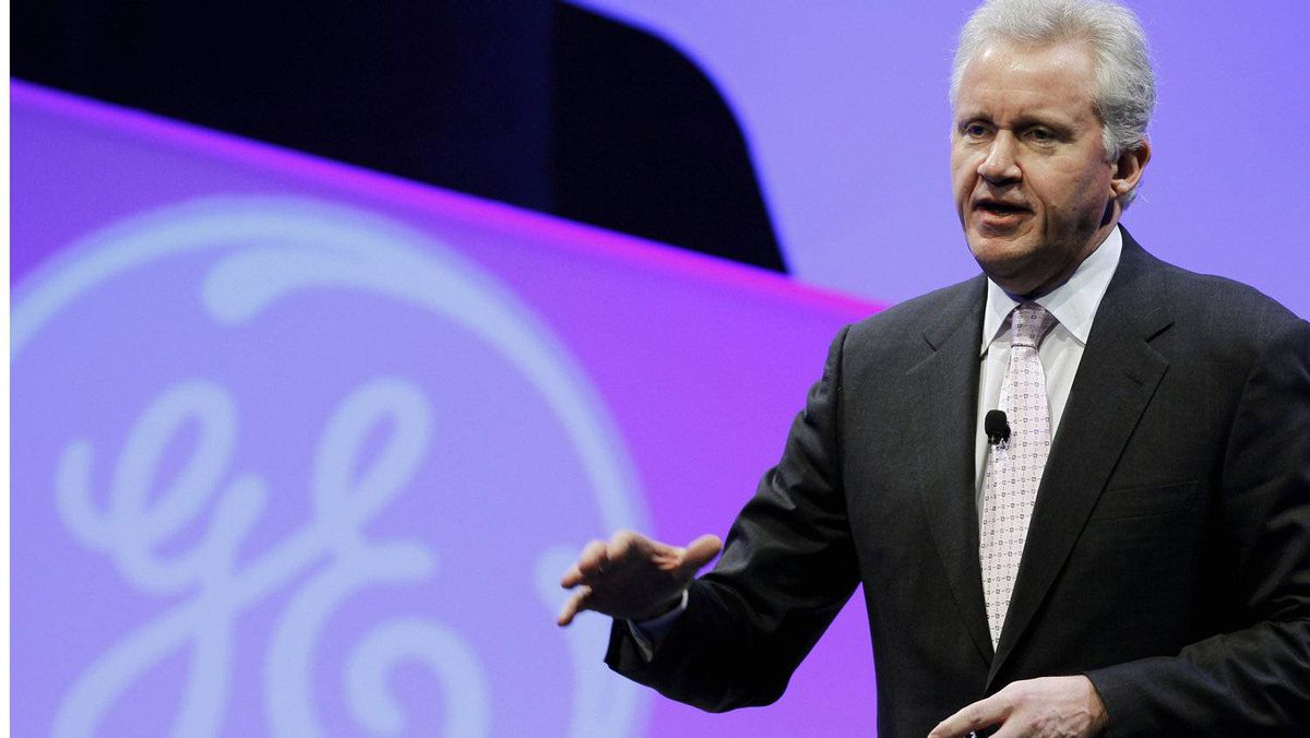 """GE CEO Jeff Immelt delivers the opening remarks at the event organized by GE: 'We're basically moving our appliance manufacturing back from Mexico and China to basically Louisville."""""""