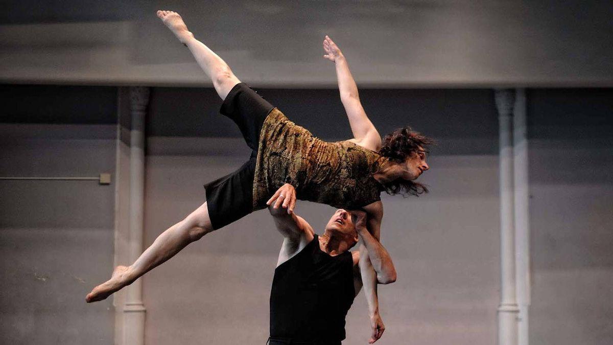 Allen Kaeja and Karen Kaeja in action.