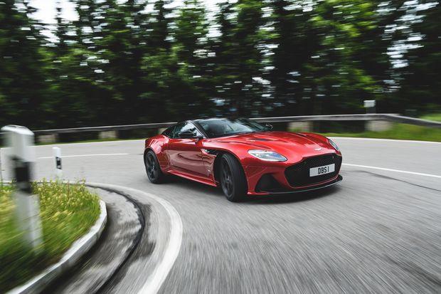 Review 2019 Aston Martin Dbs Superleggera Is A Brute In A Carbon