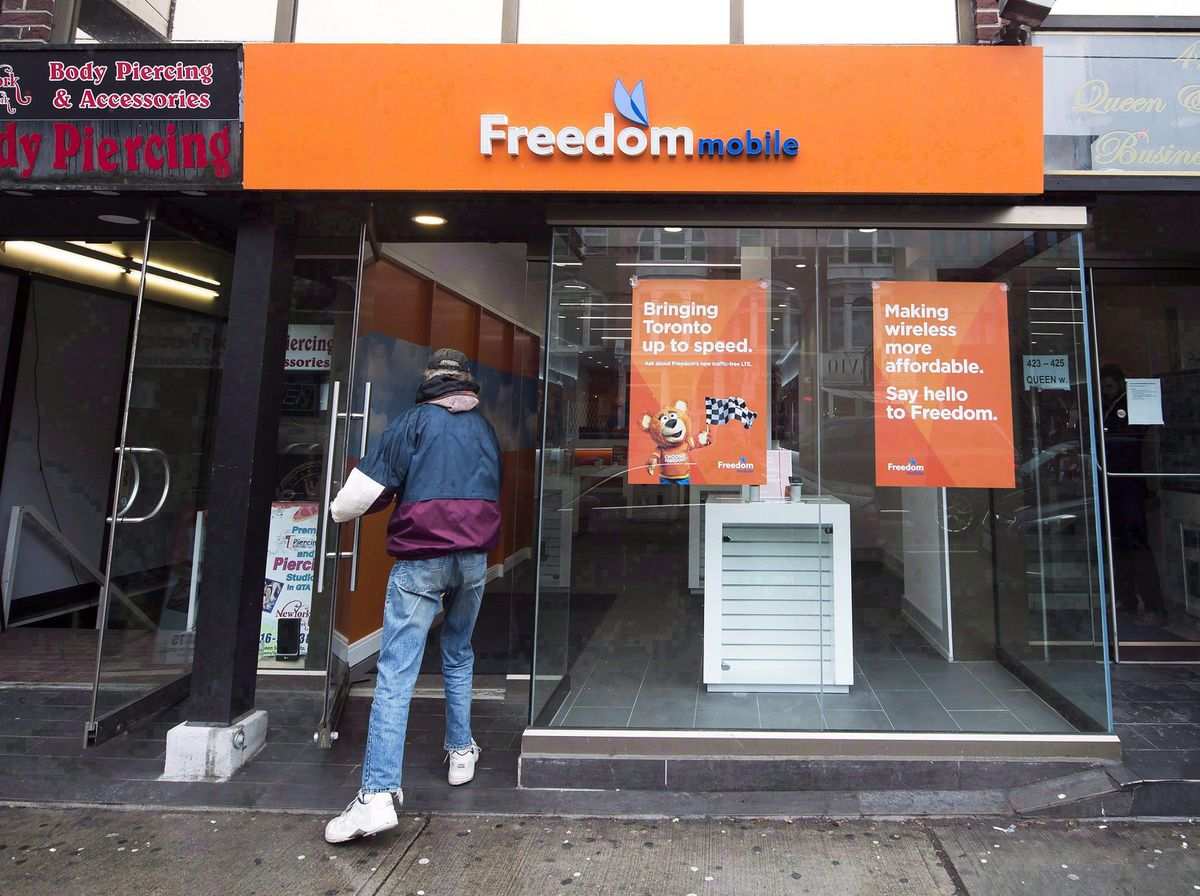 Freedom Mobile introduces free-phone offer in response to rivals' new financing plans