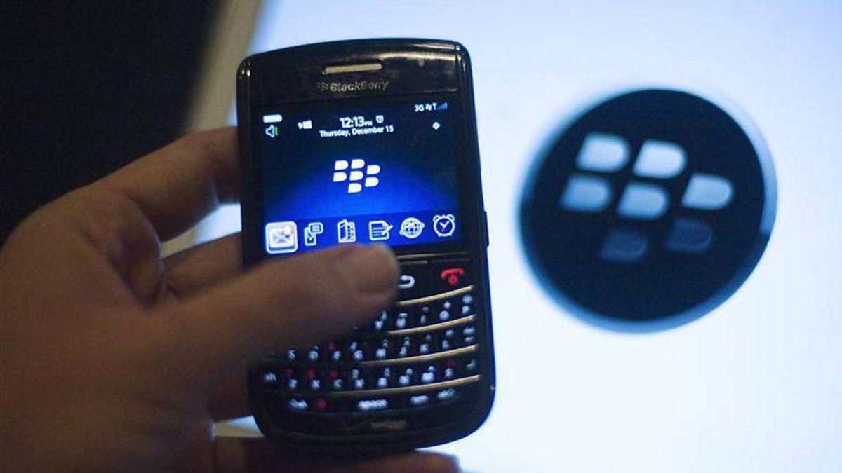A BlackBerry handset is displayed in Washington, December 15, 2011.