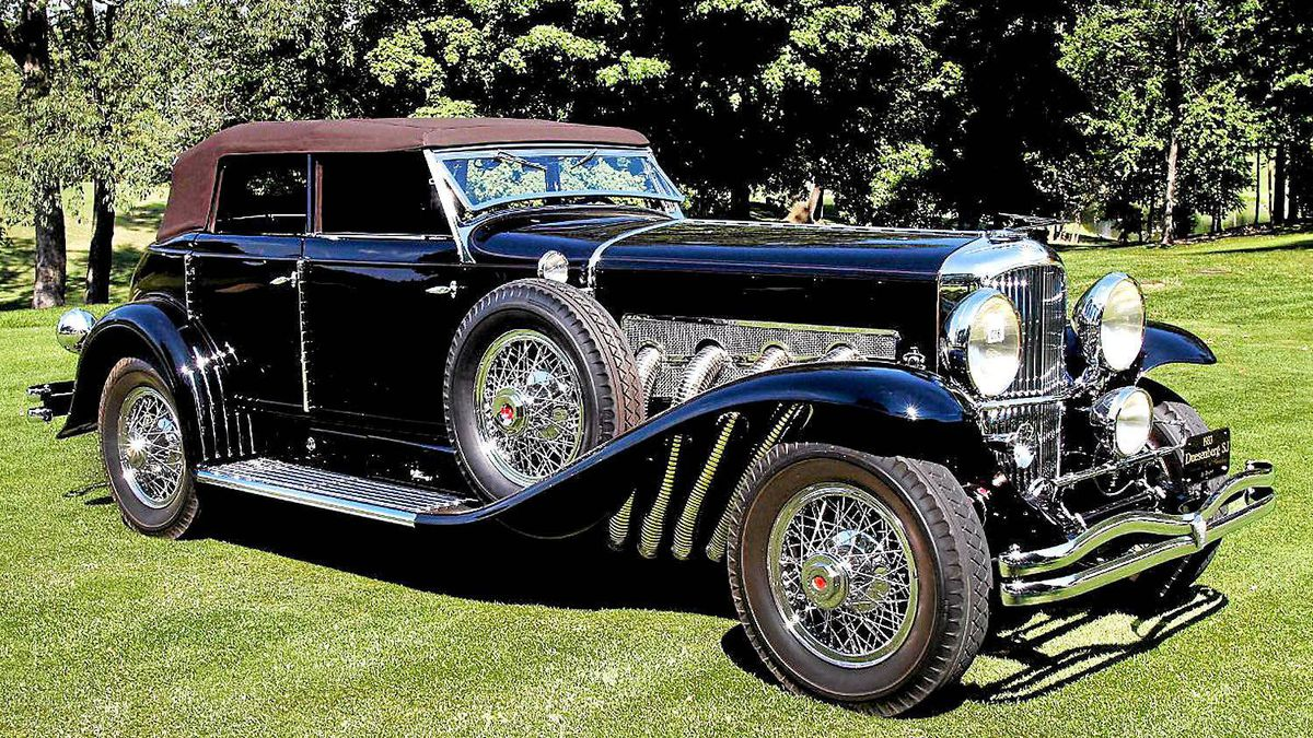 1933 Dusenberg best domestic at 2011 Concours d'elegance of America