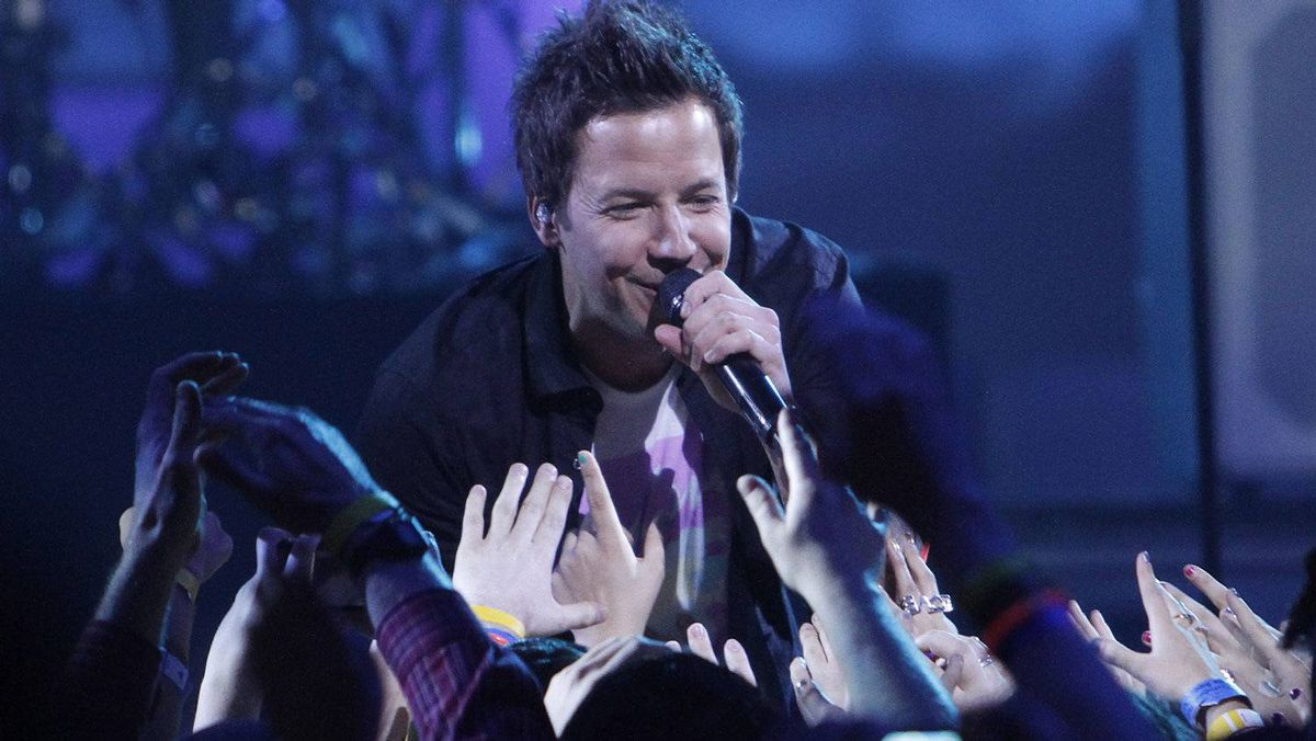 Simple Plan perform during the Juno Awards in Ottawa, Sunday April 1, 2012.