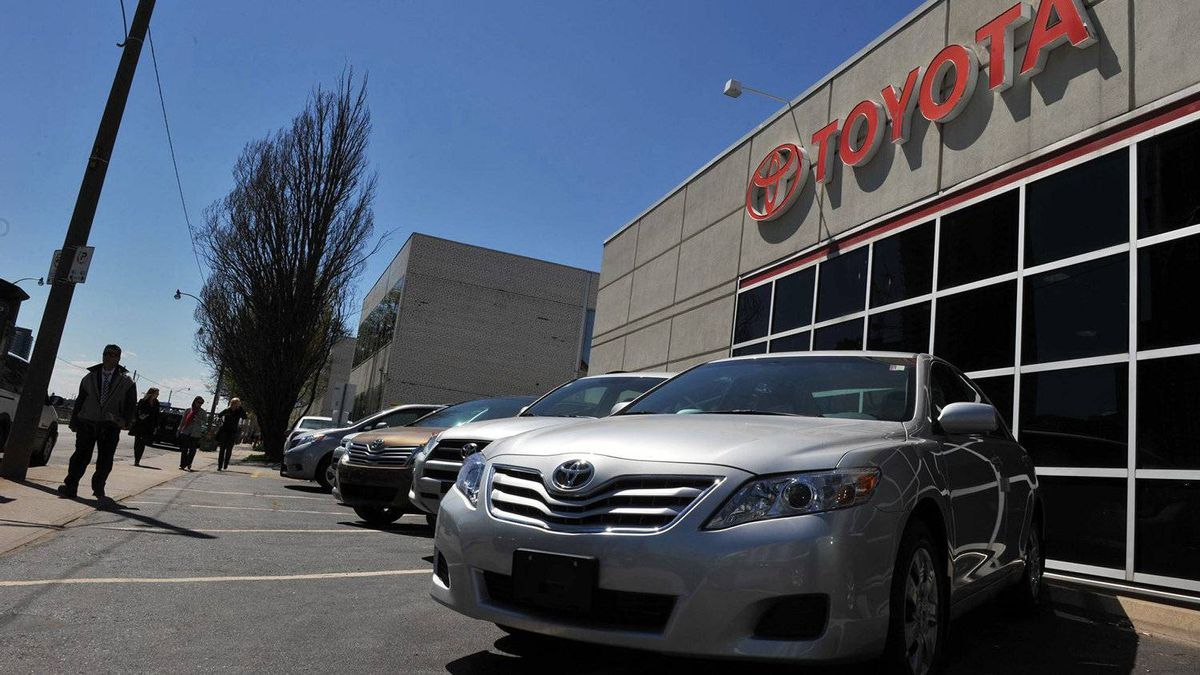 File photo of Toyota dealership in Toronto on May 5, 2011.