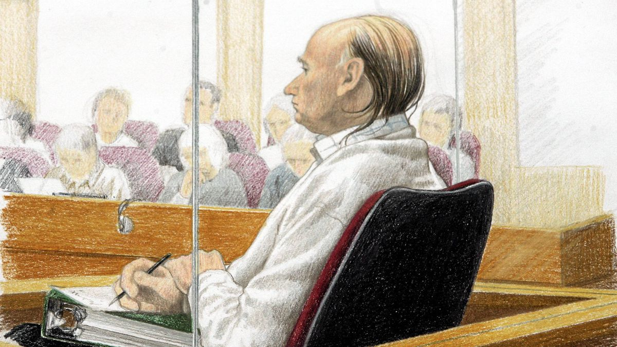 An artist's drawing of Robert Pickton during his first-degree murder trial at BC Supreme Court in New Westminster, Monday, Nov. 26, 2007.