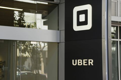 SoftBank's Uber investment deal closes