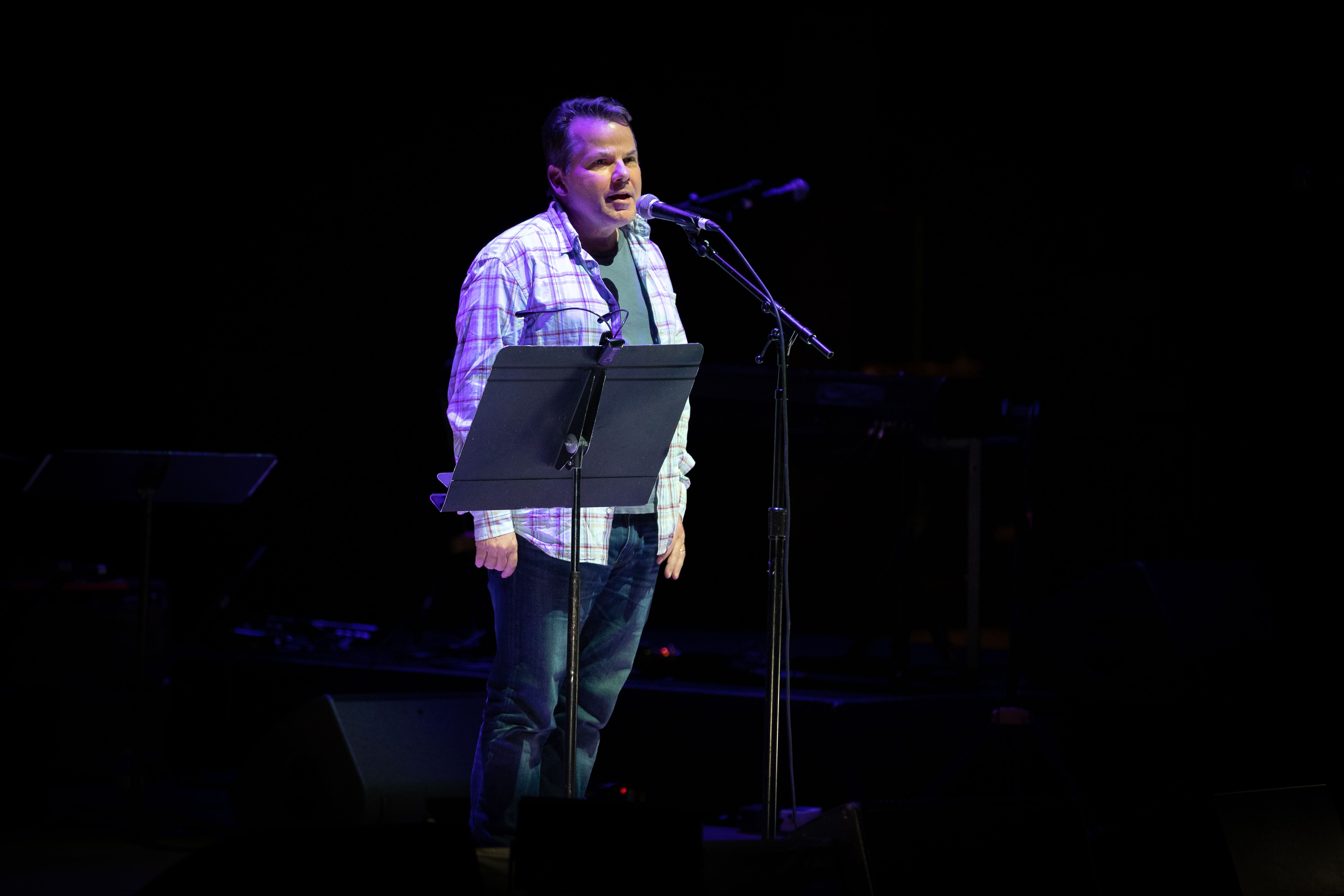 At Secret Path Live benefit concert, comedian Bruce McCulloch poignantly remembers Gord Downie