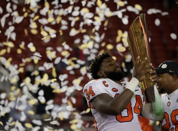 Clemson Makes Case As Best Ncaa Football Team Ever With 44 16 Rout