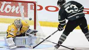 Shawinigan Cataractes goalie Gabriel Girard deflects a puck shot by London Knights' Bo Horvat during first period Memorial Cup final game action Sunday, May 27, 2012 in Shawinigan, Quebec. THE CANADIAN PRESS/Jacques Boissinot