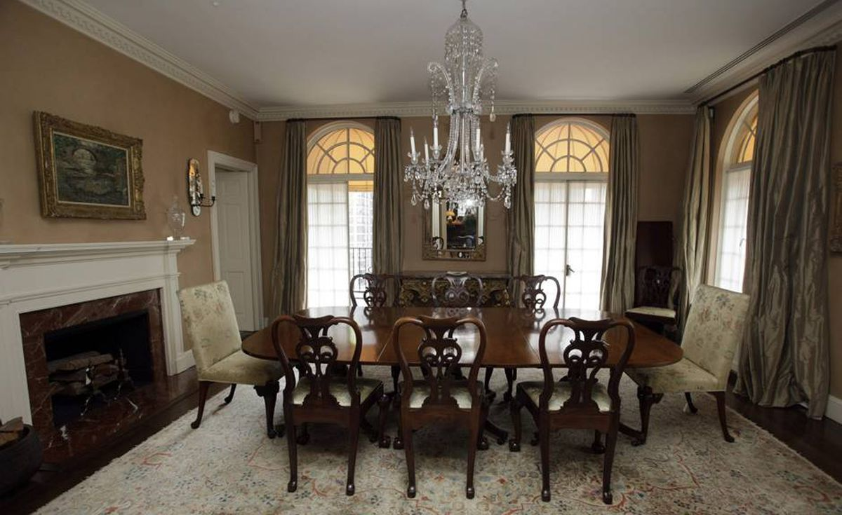 This photo taken Tuesday, Sept. 8, 2009 in New York shows the dinning room of Bernard Madoff's penthouse apartment on the Upper East Side of Manhattan.