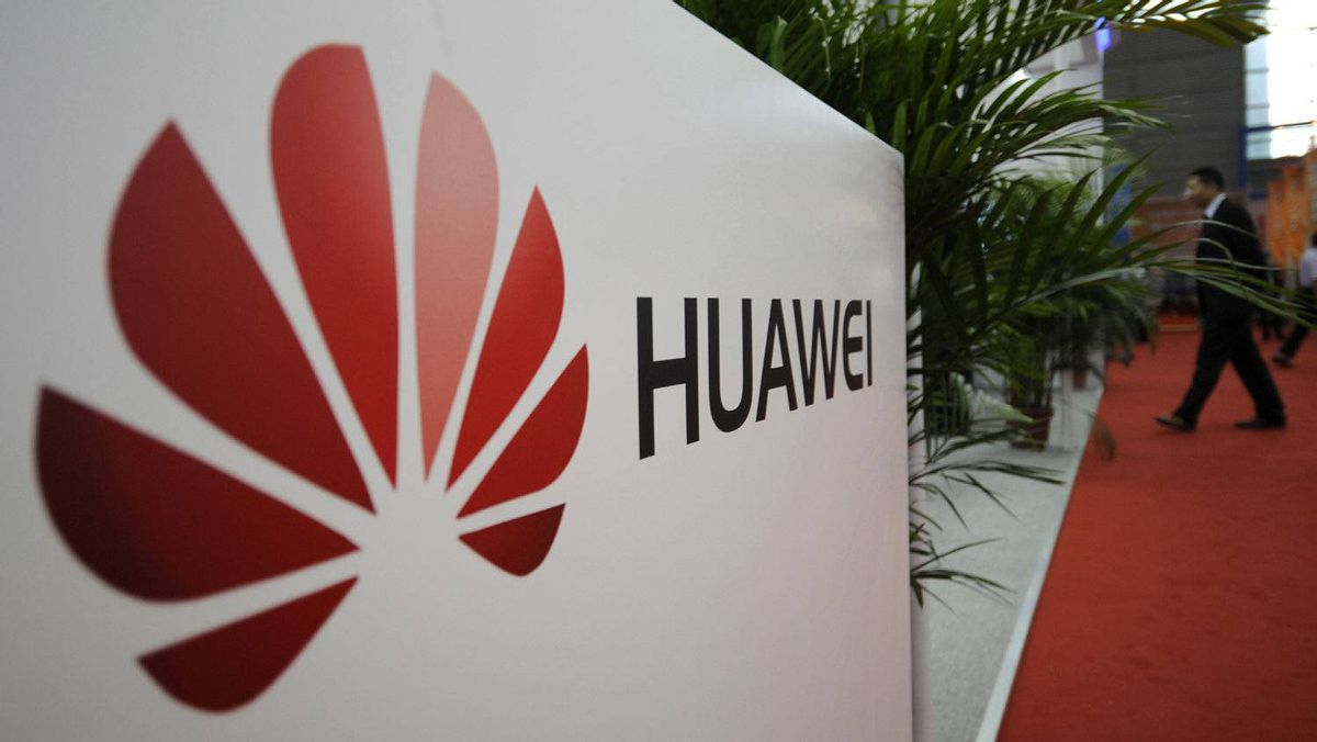 A logo of Huawei Technologies Co. Ltd. is seen at the 13th China Hi-Tech Fair in Shenzhen, Guangdong province on Nov. 16, 2011. Huawei is the the world's No. 2 telecommunications equipment maker.