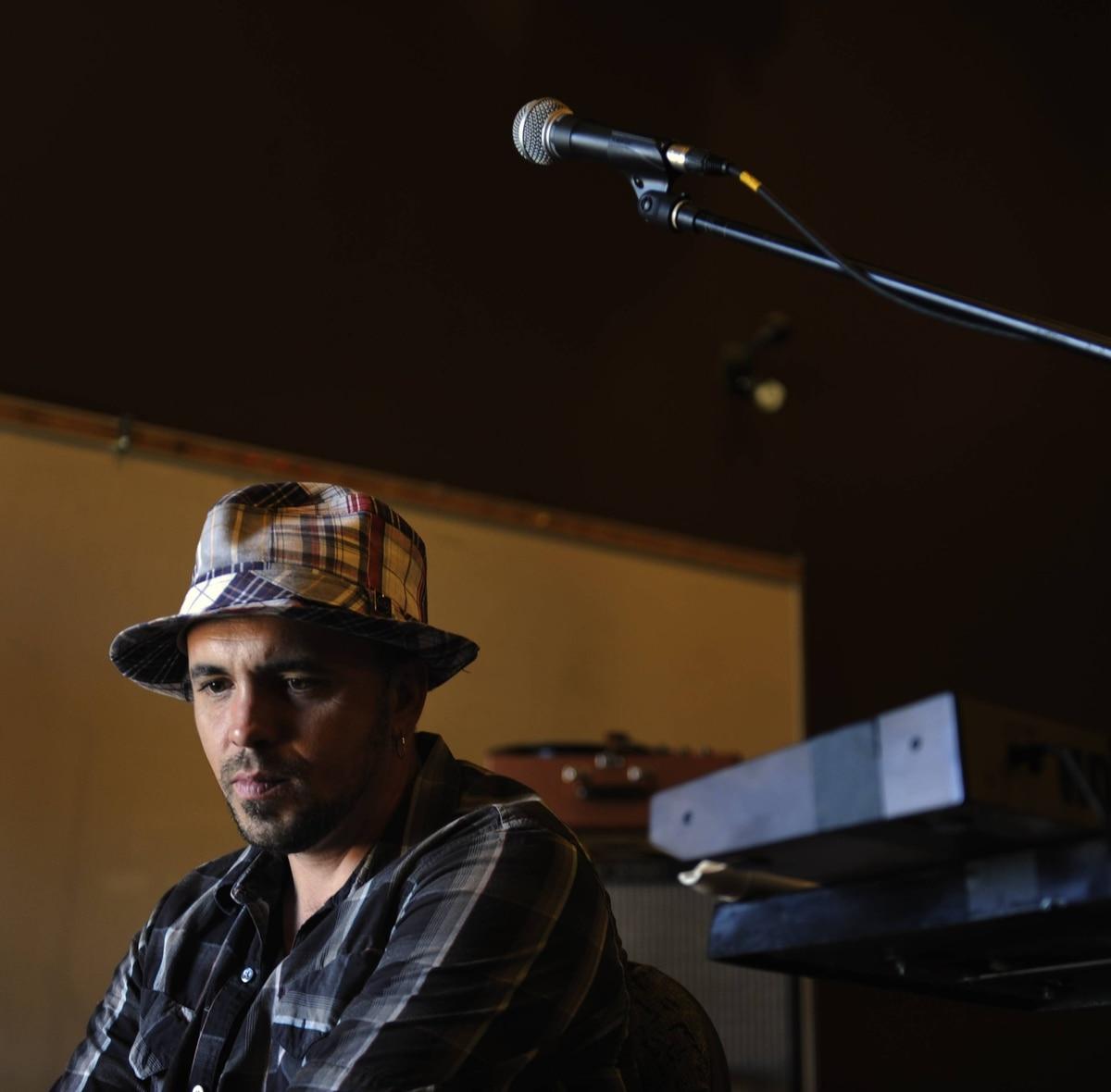 Singer/songwriter Hawksley Workman