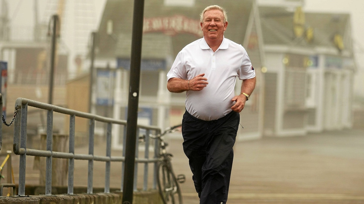 Robert Davidson takes a jog along the waterfront boardwalk in Halifax on May 20. Mr. Davidson, a double lung- transplant recipient, will be competeing in this weekend's Bluenose Marathon.