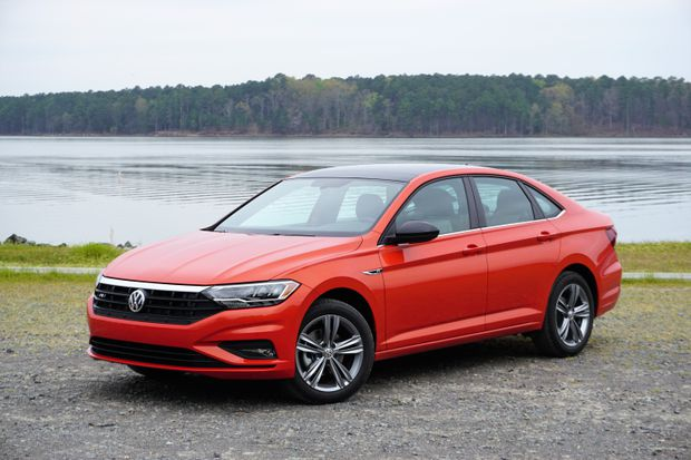 Near Premium Vw Jetta Ups Its Game With 2019 Redesign The Globe