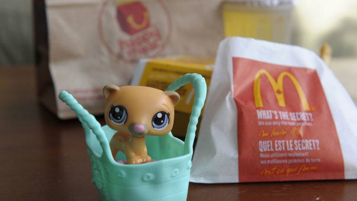 McDonald's Happy Meals come with toys for boys and girls.