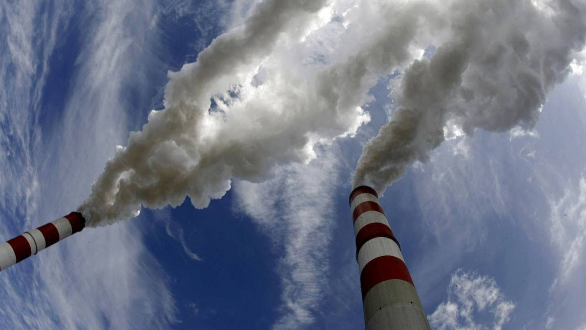 Smoke bellows from the chimneys of Belchatow Power Station, Europe's largest biggest coal-fired power plant, in this May 7, 2009 photo.
