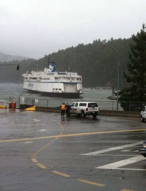 BC Ferries investigating witness reports of passenger ferry running aground