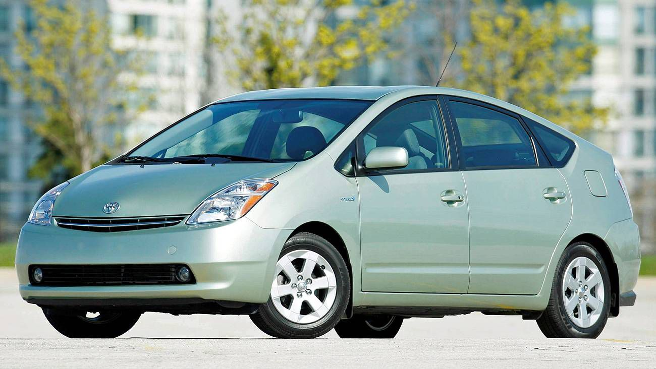 Recalls aside, used Prius is a good buy - The Globe and Mail