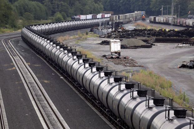 Alberta will begin moving oil by rail following $3.7B investment
