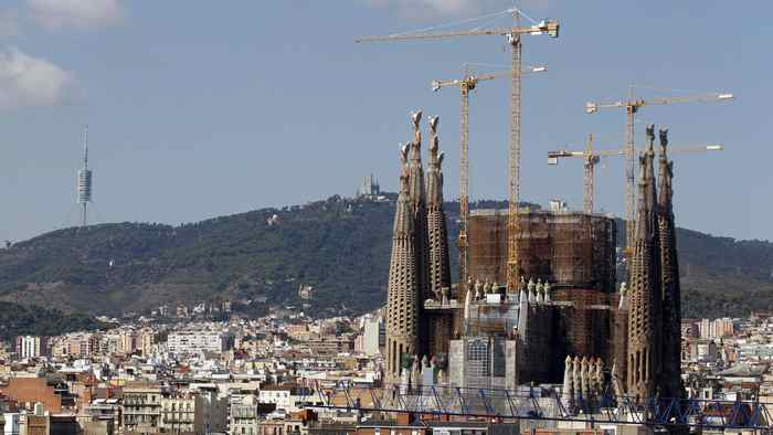The Sagrada Familia church is seen in Barcelona September 25, 2011. Visits to the Sagrada Familia increased by 38 per cent from January to August 2011, and it is expected to have more than three million visitors throughout the year, local media reported.