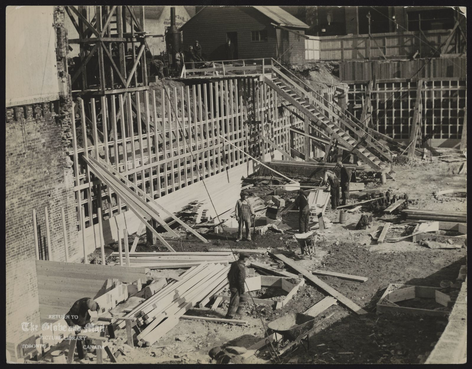 GLOBE AND MAIL Building [Globe and Mail History - The William H. Wright Building under construction at King and York Streets in Toronto, March 1937. ]