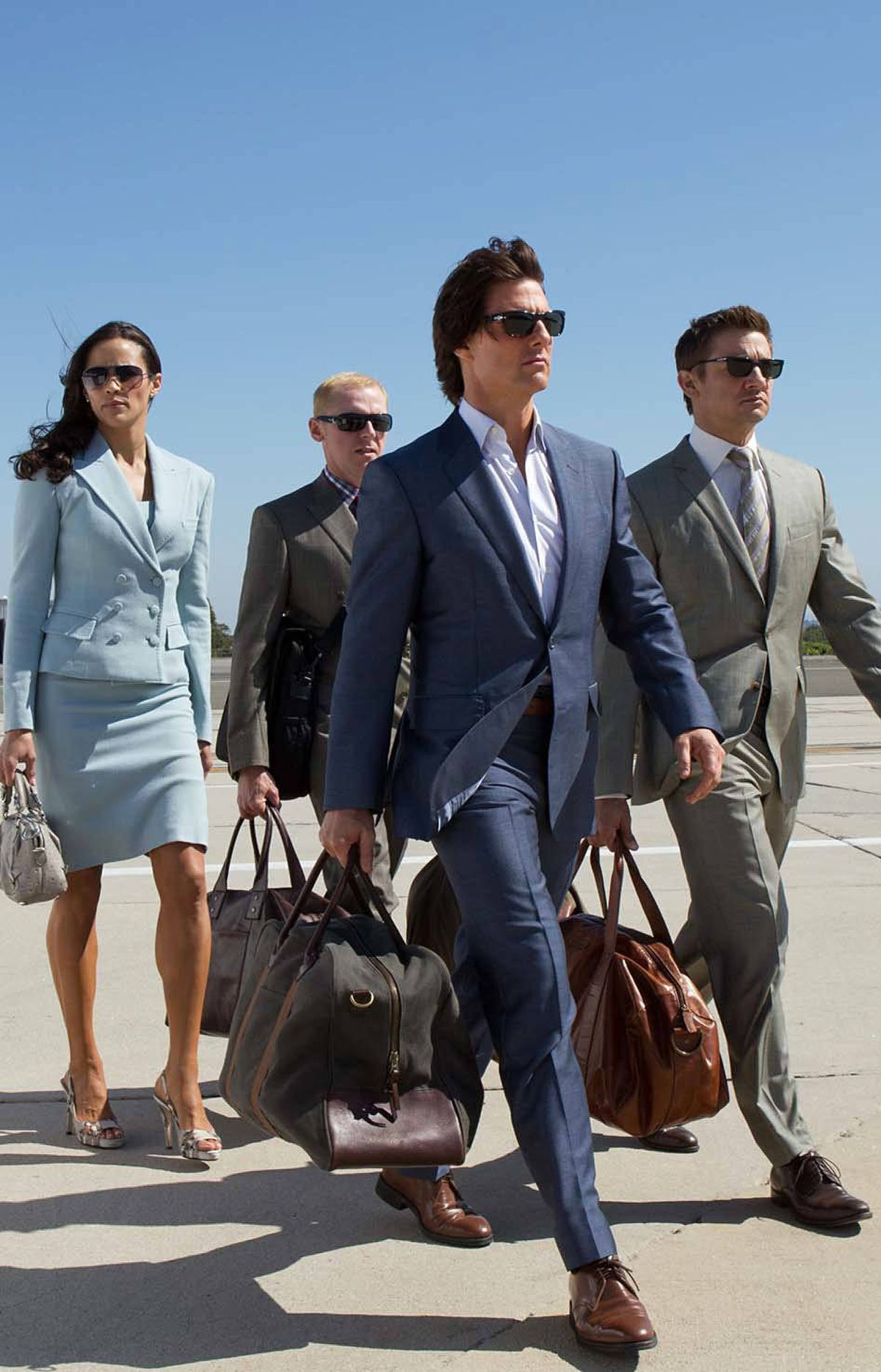 URGENT! We interrupt this photo gallery to bring you the news that Tom Cruise was not, repeat not, nominated this week for the Oscar for Best Pompous Walk. And now back to our regularly scheduled inanity.