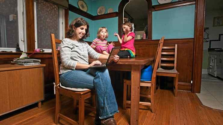 Karen Green is a Toronto mom blogger