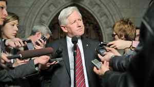 Interim Liberal Leader Bob Rae speaks to reporters in the foyer of the House of Commons on Feb. 27, 2012.