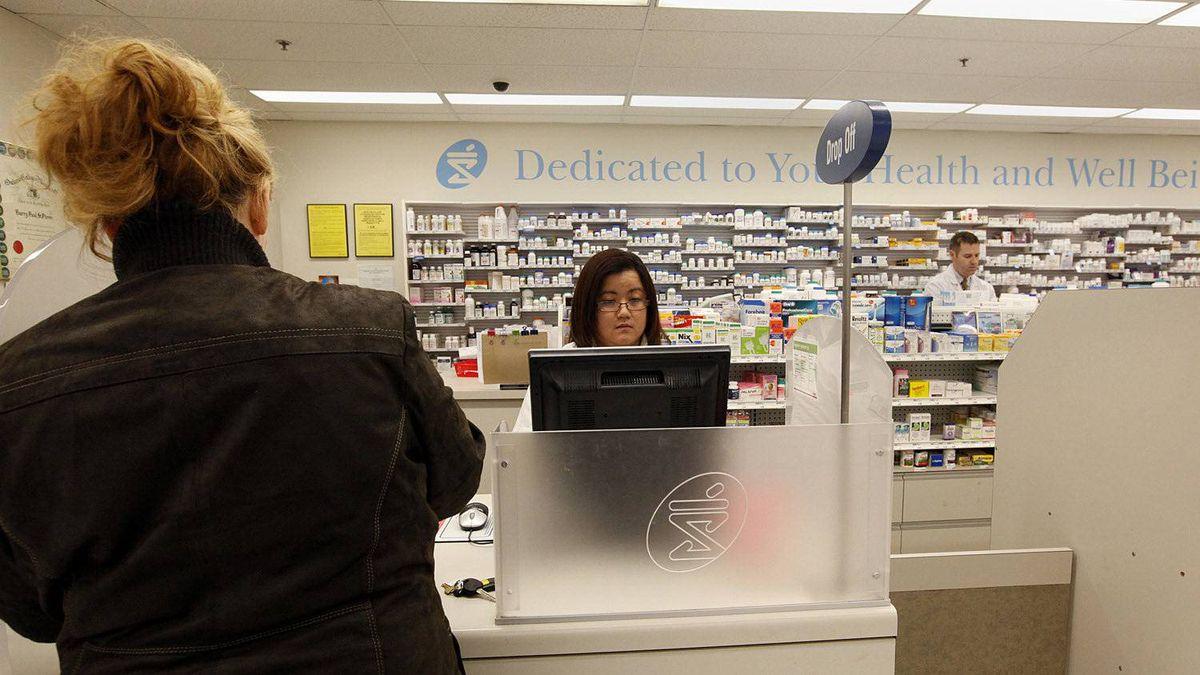 Toronto, Feb. 07/11 - Shoppers Drug Mart Prescription Centres and drug dispensary at a Shoppers Drug Mart location in Toronto, Ontario.