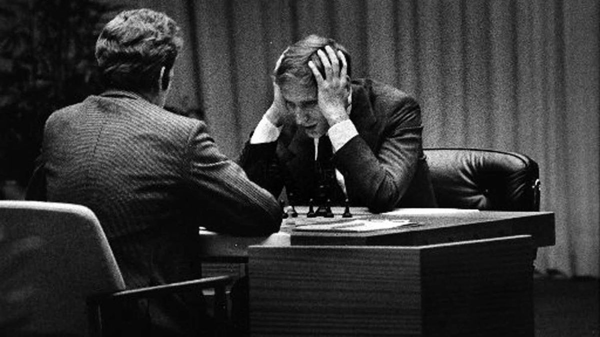Bobby Fischer (right) playing against Boris Spassky