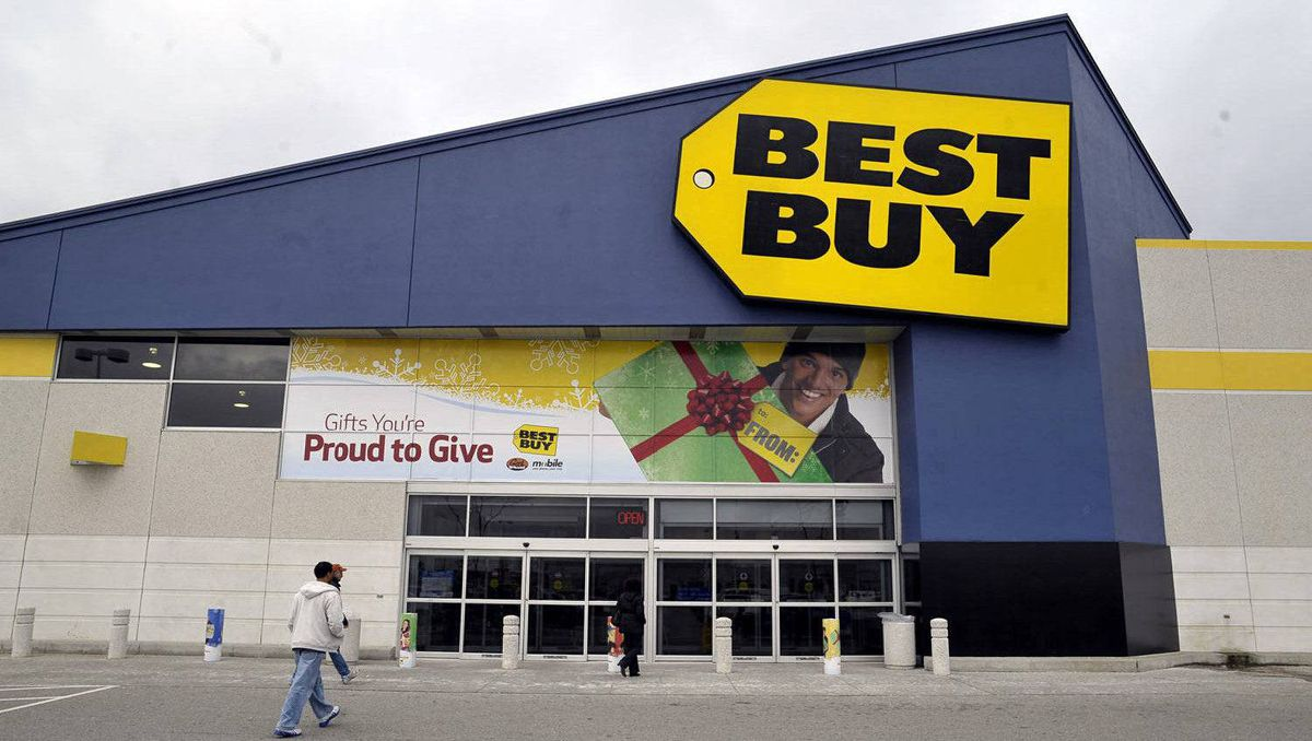 Best Buy's Heartland location in Mississauga, December 2, 2010.
