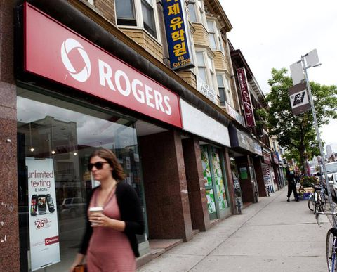 Rogers crafts plan to fend off foreign wireless rival Verizon